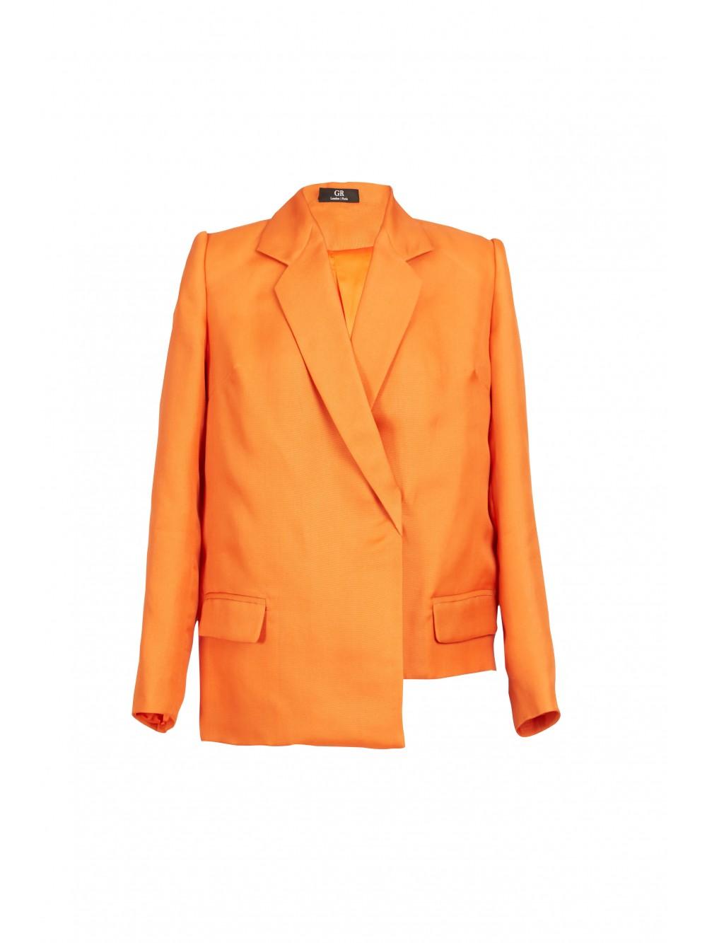 Oversized asymmetric suit    Joy