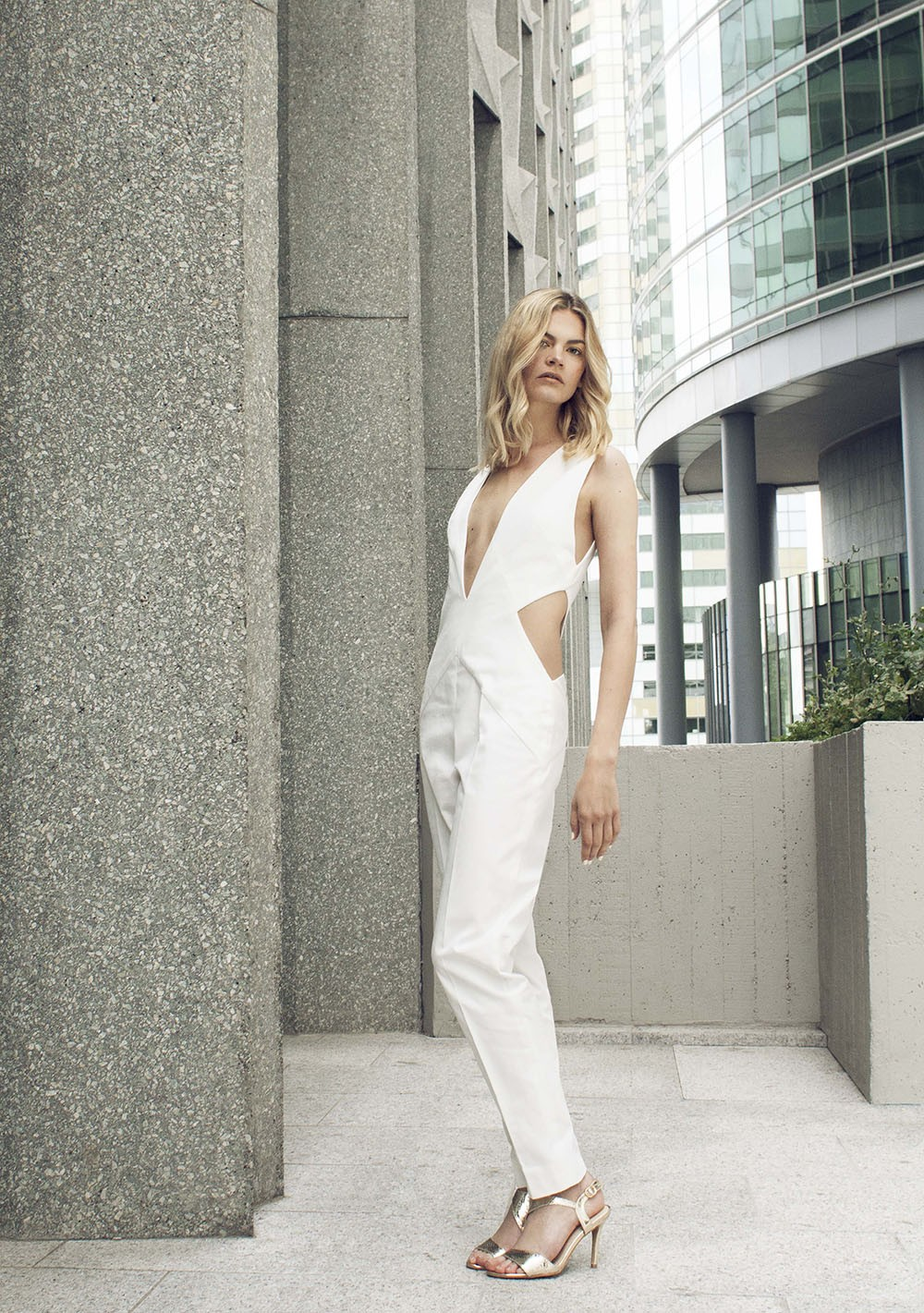 Structured Deep V Neck jumpsuit | Iconie